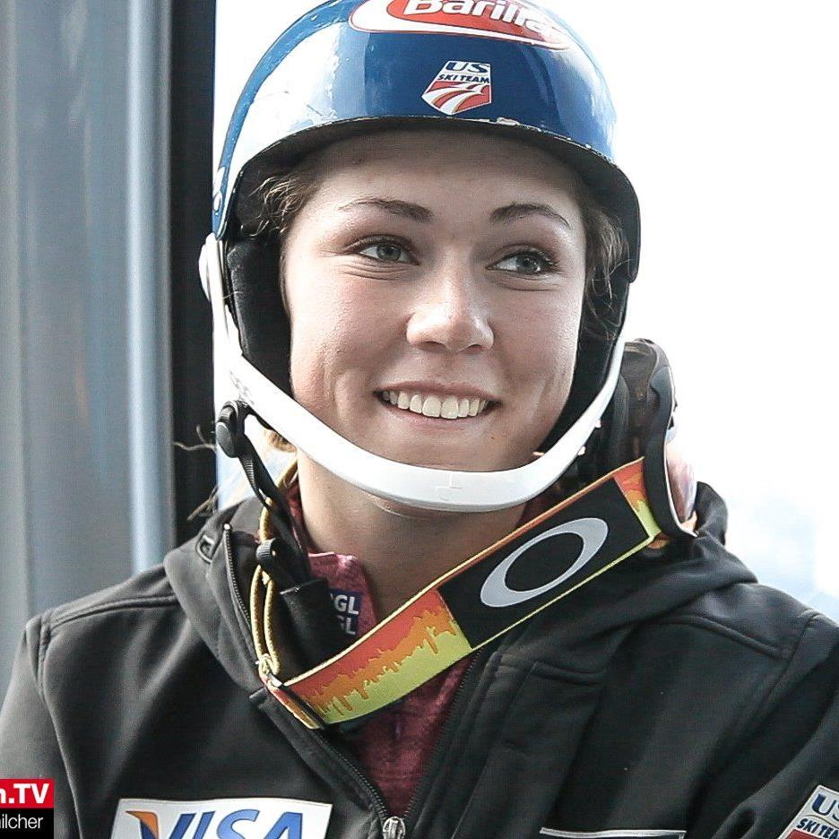 Gut gelaunt gab Shiffrin nach dem Training ein Interview in der Gondel.