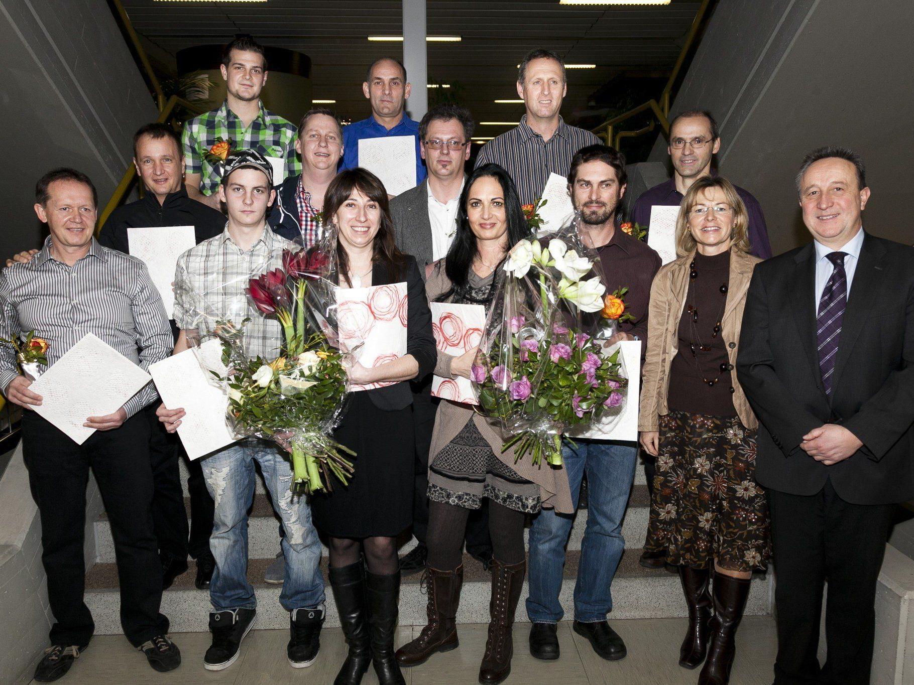 Zwölf neue OP-AssistentInnen erhielten bei der Abschlussfeier ihre Zeugnisse.