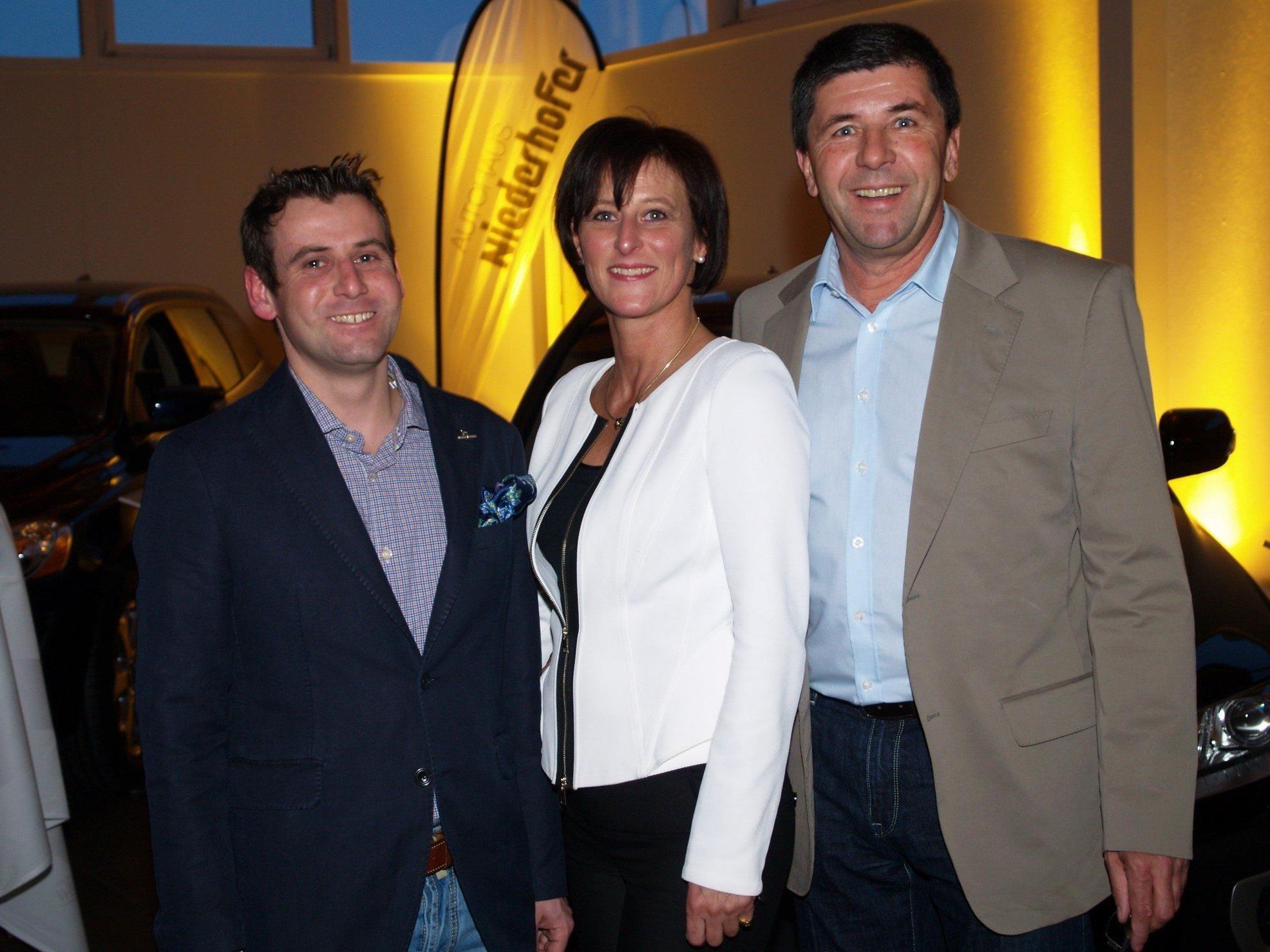 Sabine Wolf, Werner Niederhofer und Wolfgang Rother konnte zahlreiche Gäste begrüßen.