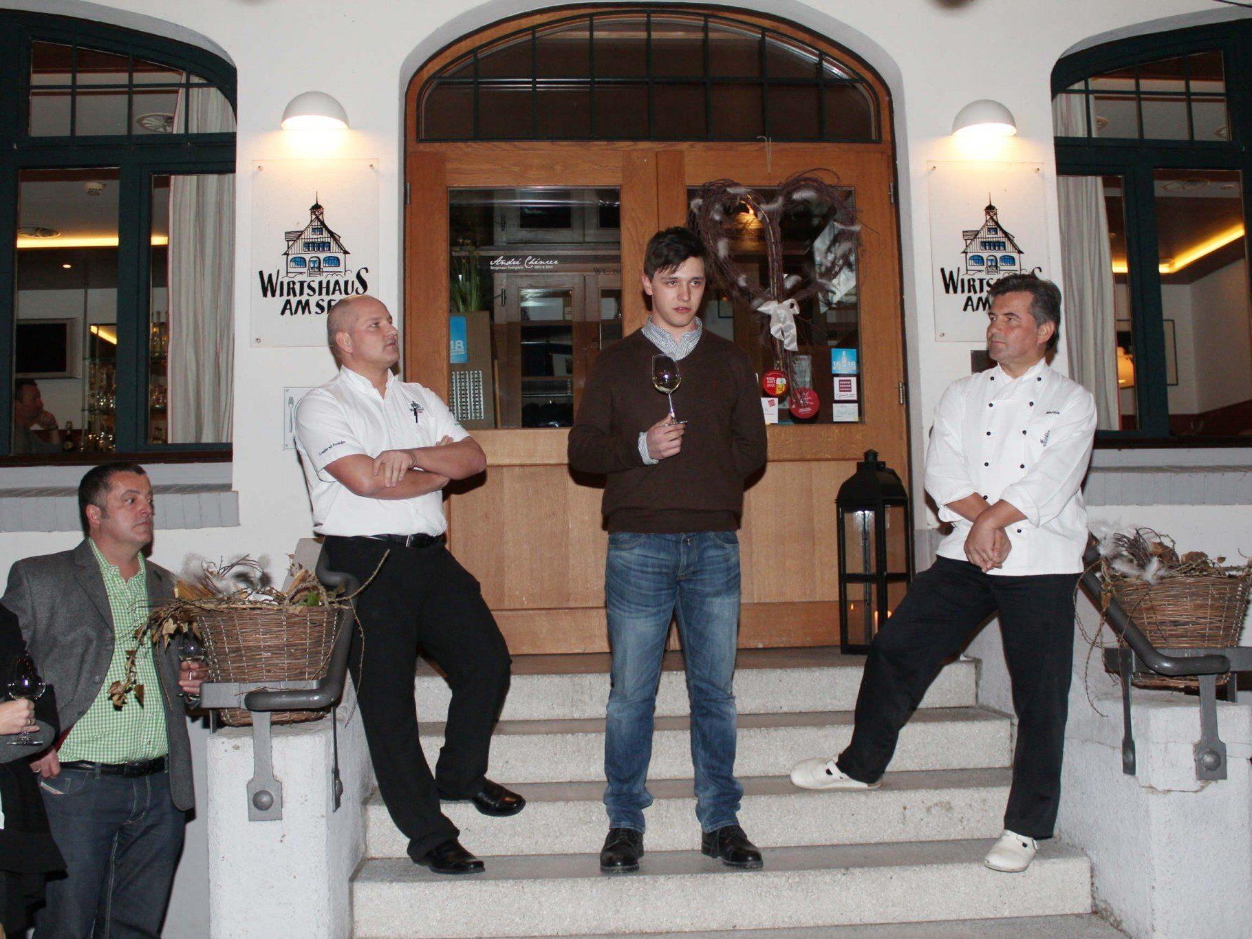 Thomas Zwerger und Martin Berthold hatten Winzer Stefan Tement (Mitte) zu Gast.