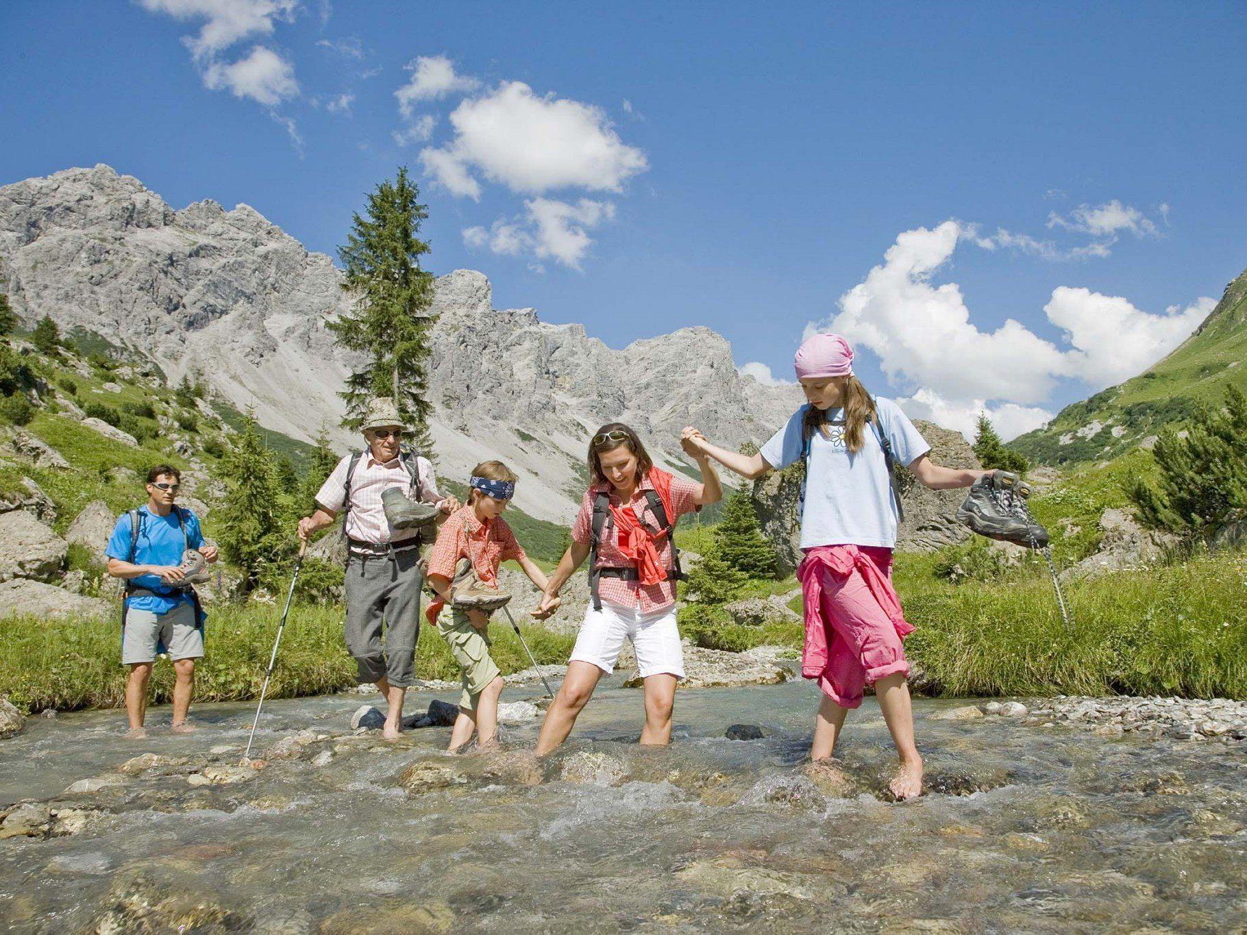 Machen Sie Urlaub in den schönen Vorarlberger Alpen oder zieht es Sie weg?