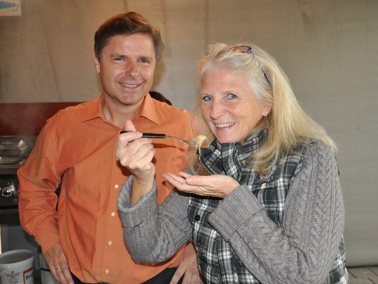 LionsAmKumma-Vizepräsident Peter Bernatzik und Activity-Chefin Trudy Weaver laden zur Charity.