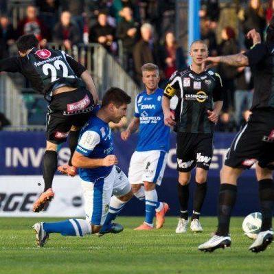 Der FC Lustenau trotzt Altach einen Punkt ab.