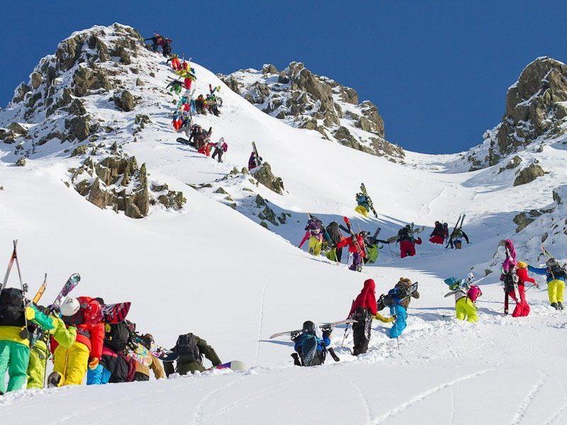 Die beiden Vorarlberger Freerider Nadine Wallner und Fabio Studer wollen den Heimvorteil nützen.