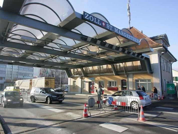 Die Grenze ist nicht nur physisch. Auch im Kopf der Schweizer Unternehmer gibt es Hemmungen beim Schritt über die Grenze.