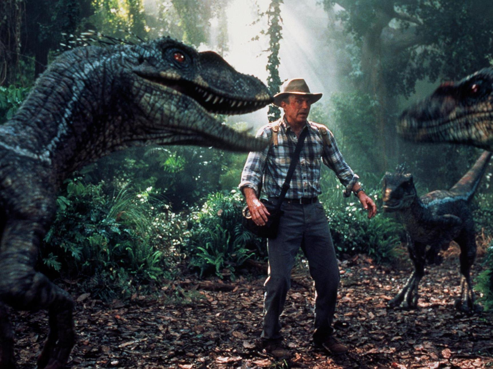 Colin Trevorrow soll das nächste Dinosaurier-Spektakel auf die Leinwand bringen.