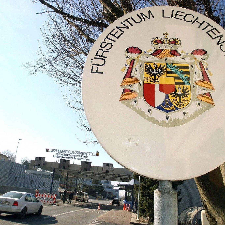 Liechtenstein soll US-Steuerfahndern helfen: Auch Schweizer Banken im Visier.