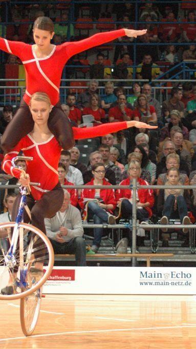 Die Kunstradhochburg Meiningen zählt bei den Saalradsportlern schon längst zur internationalen Spitze.