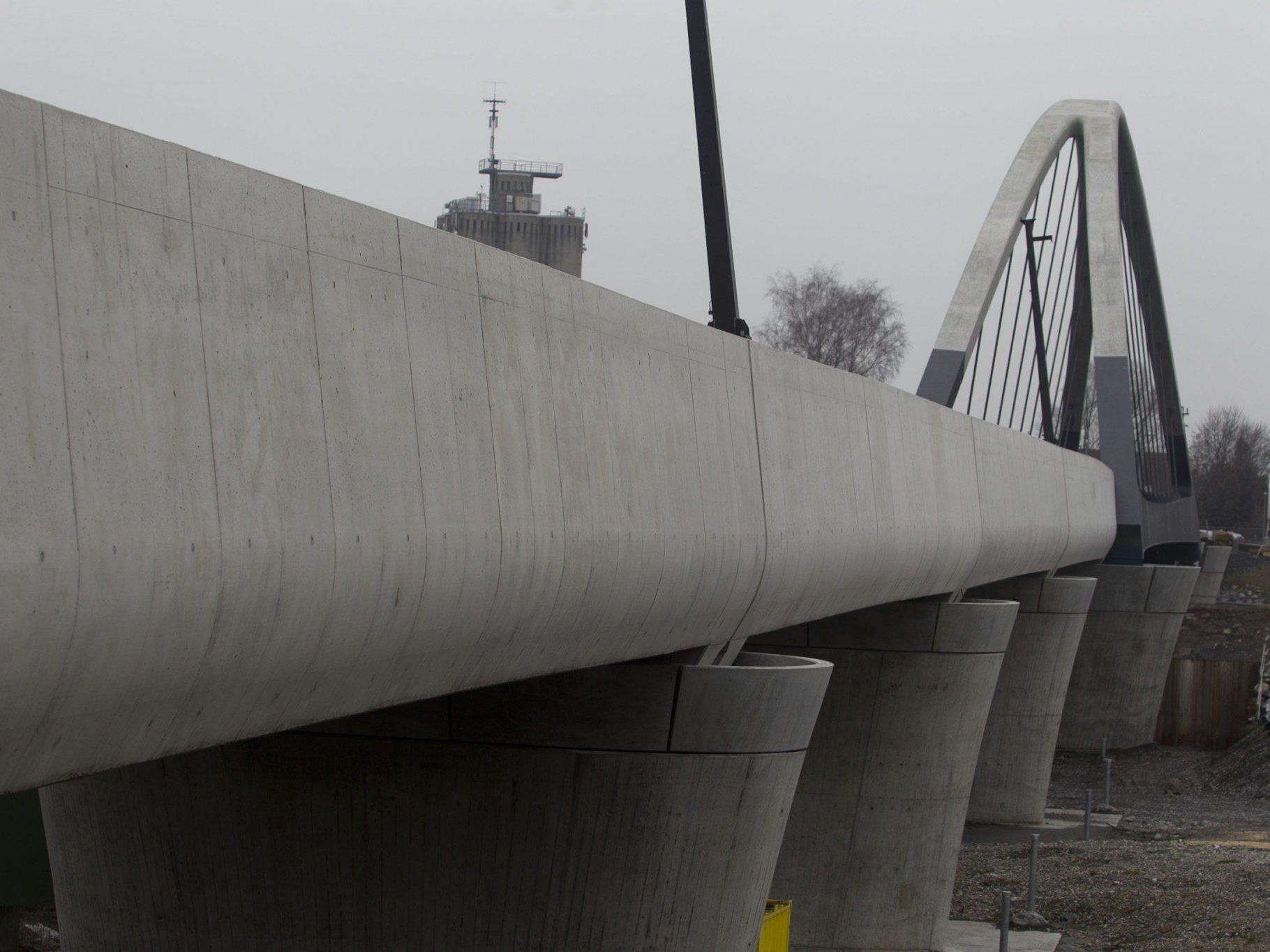 Rheinbrücke: Bauzeitplan kann laut ÖBB-Pressesprecher Zumtobel eingehalten werden