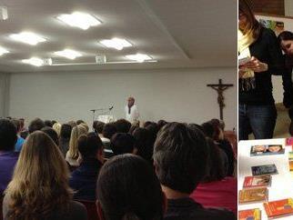 Großer Andrang herrschte beim Vortrag von Jan-Uwe Rogge in Kennelbach.