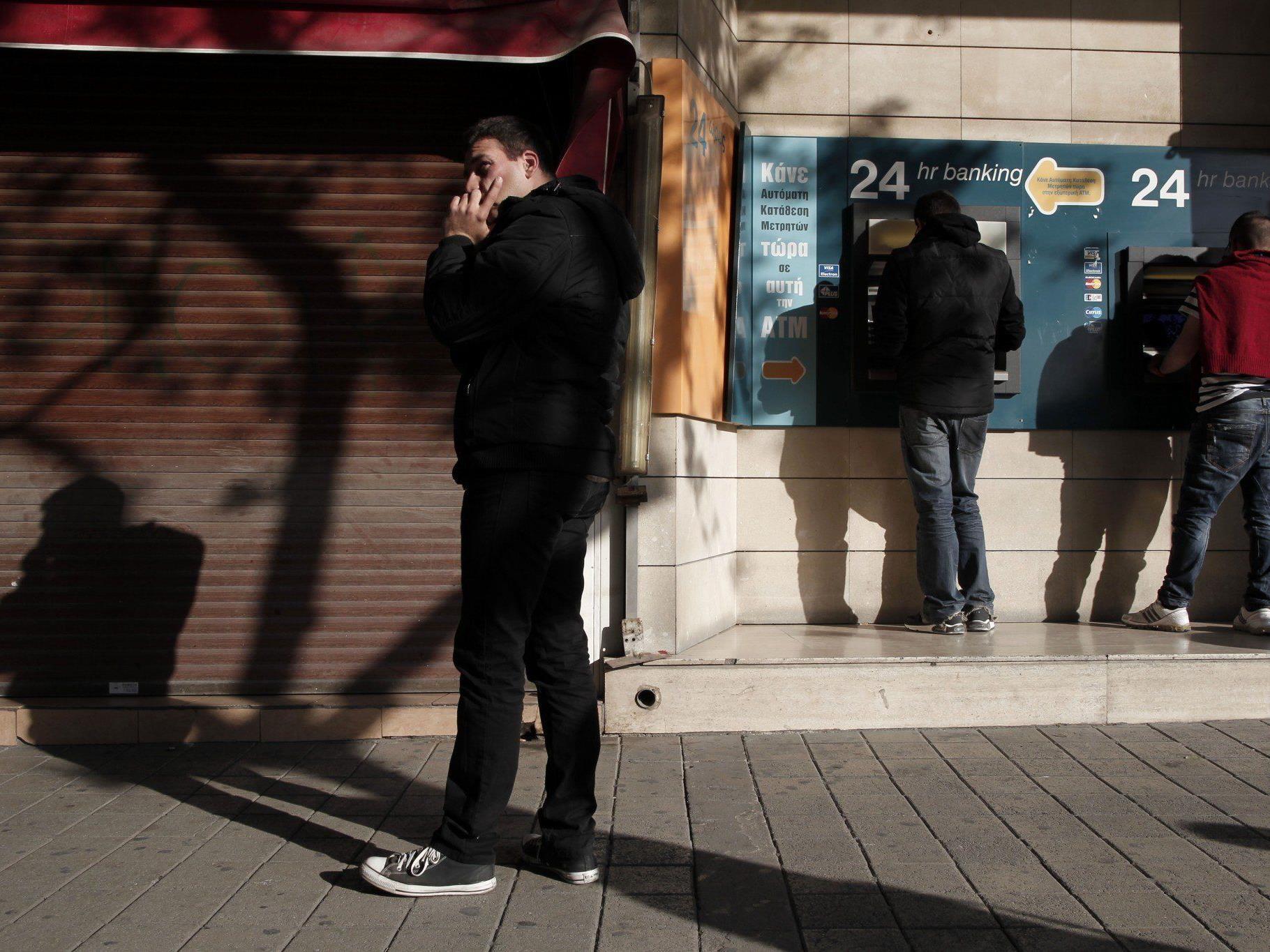 Zypern: Bankenöffnung verschoben.