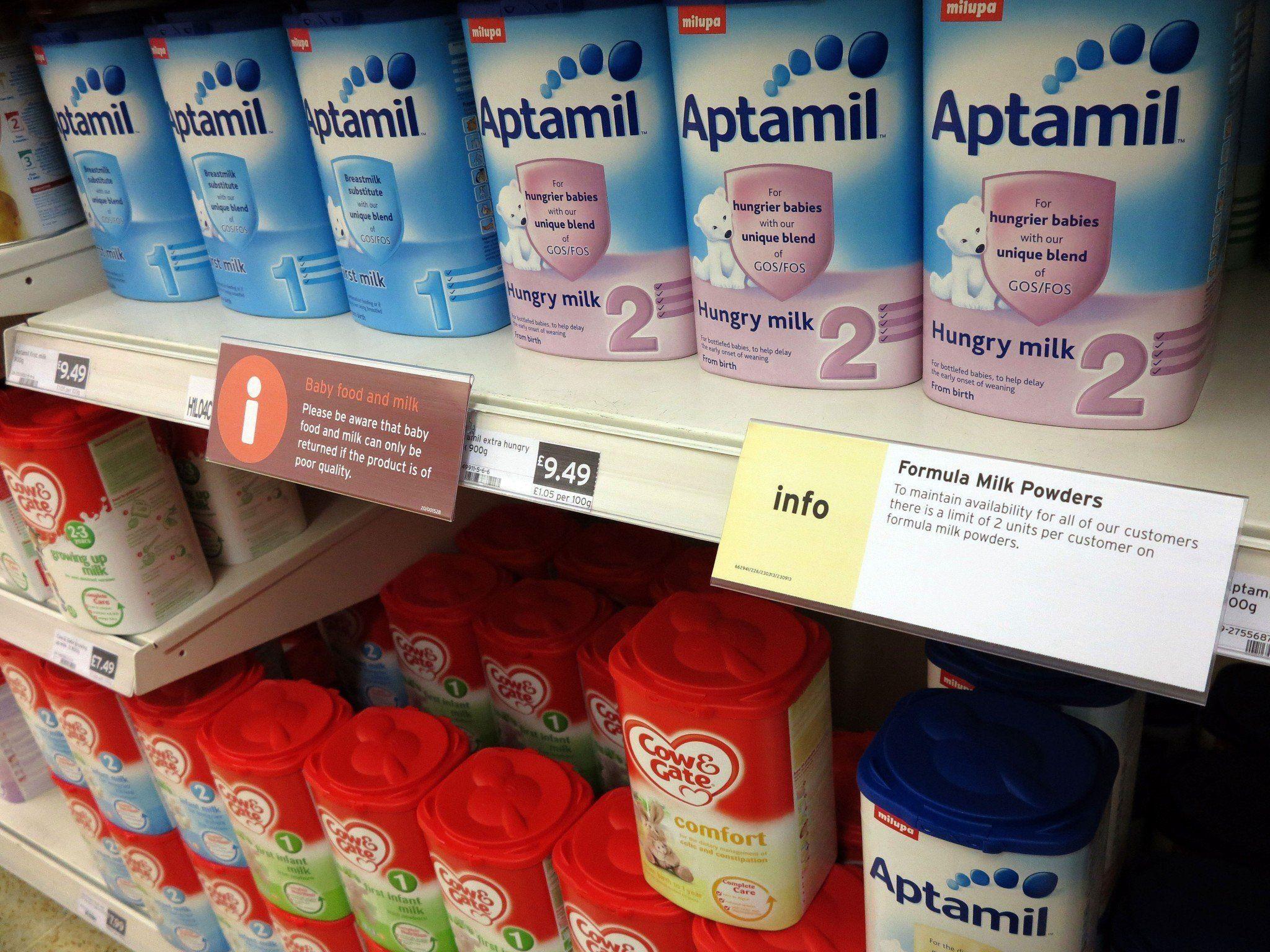 Private chinesische Händler kaufen den Milchersatz auf.