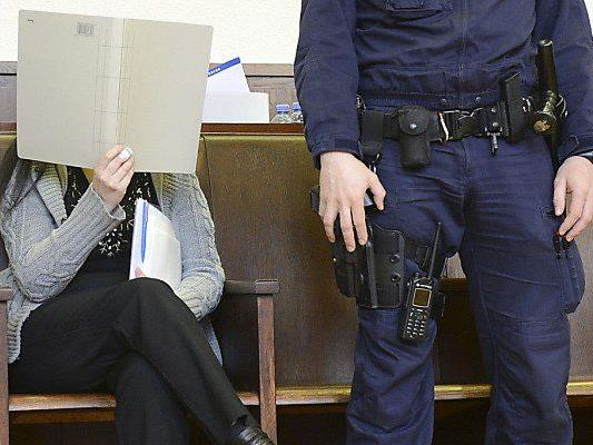 Die angeklagte Pflegehelferin beim Prozess