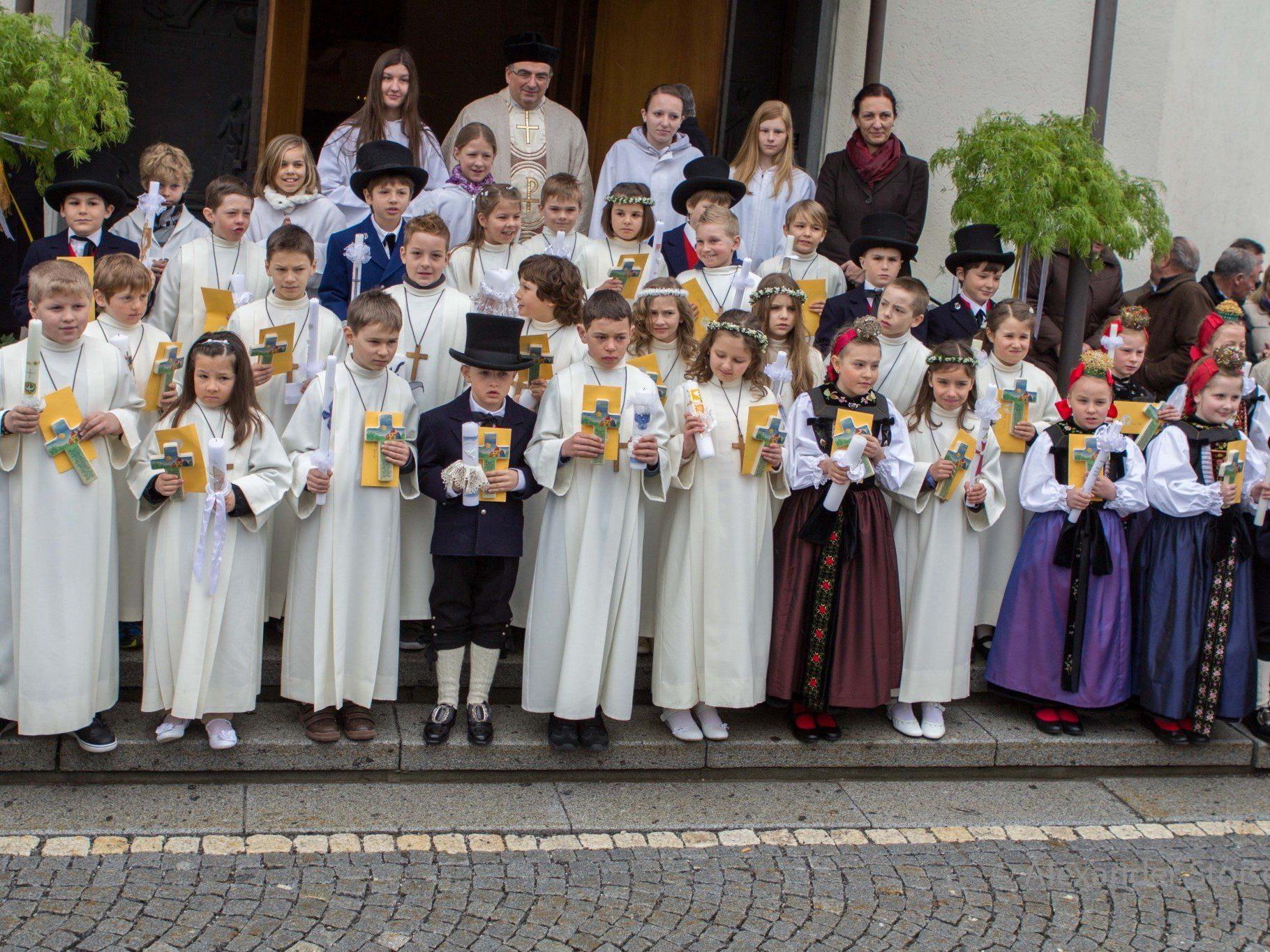 32 Kinder kamen in Vandans im Jahr 2013 zur Erstkommunion.