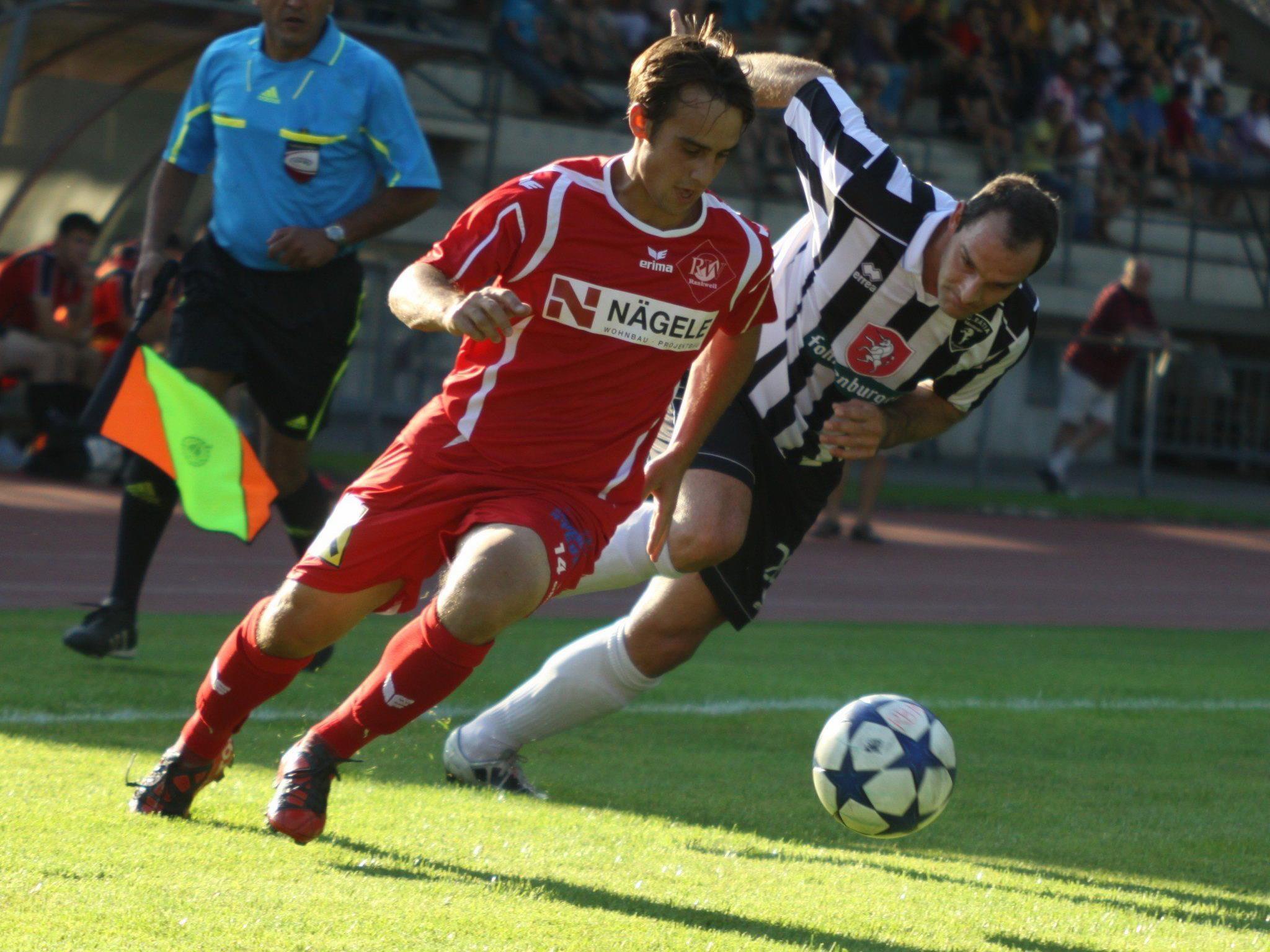RW Rankweil-Mittelfeldspieler Tobias Winter hofft mit den Rot-Weißen in Hohenems auf ein Weiterkommen.