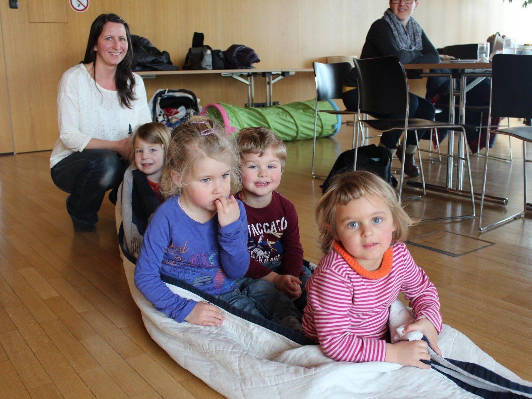Spiel und Spaß für die Kleinen mit Kindergartenpädagogin Jasmin Vigl.