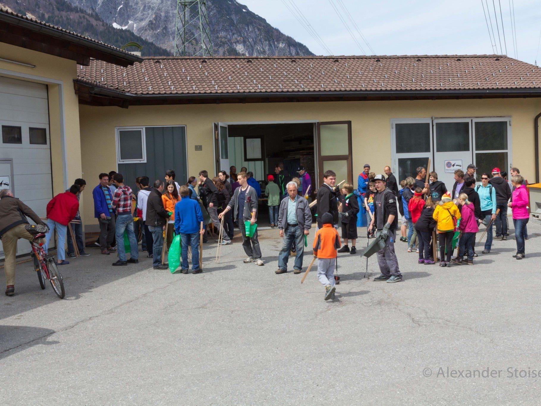 Die Gemeinde Vandans lädt alle GemeindebürgerInnen zur Flurreinigung am 27. Apri 2013.