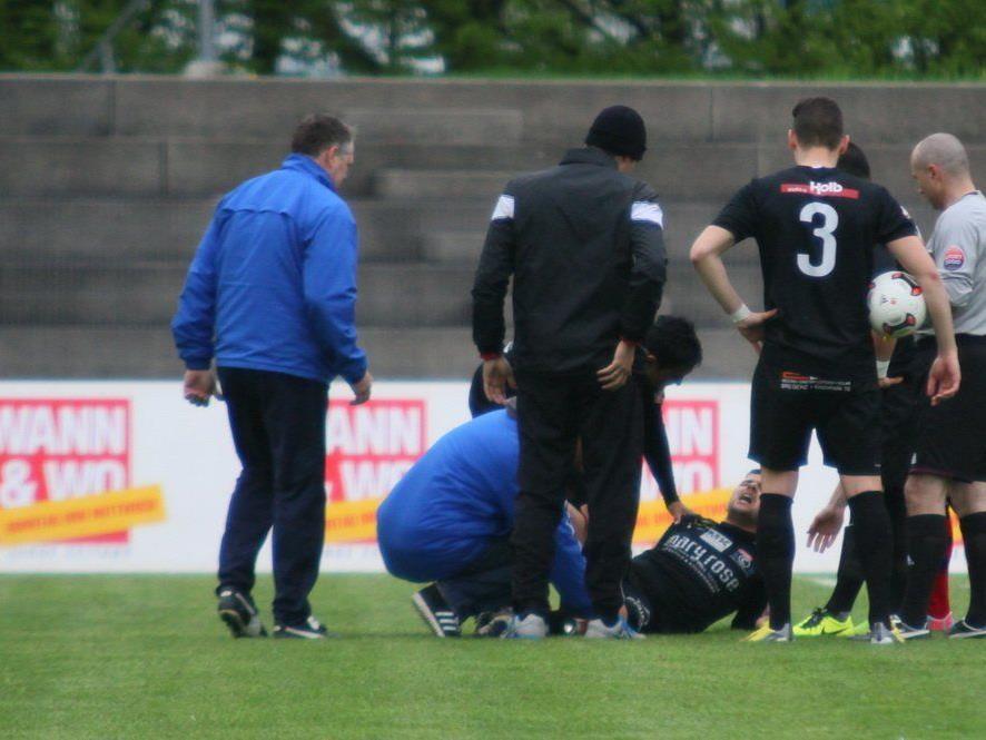 Baris Özcan schied mit einer schweren Verletzung schon in der ersten Minute aus.
