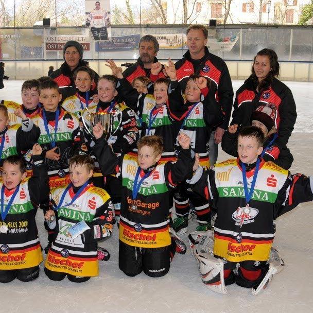 Die Unter-9-Mannschaft der VEU Feldkirch gewinnt das internationale Turnier in Italien.
