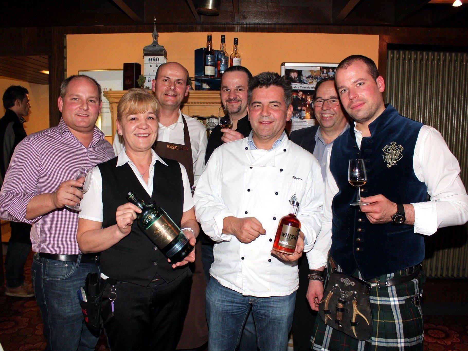 Das Whisky-Kulinarium-Team sorgte für Furore im Cafe Montfort.