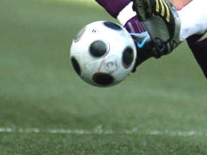 Zwei Spieler wurden bei dem Match verletzt.
