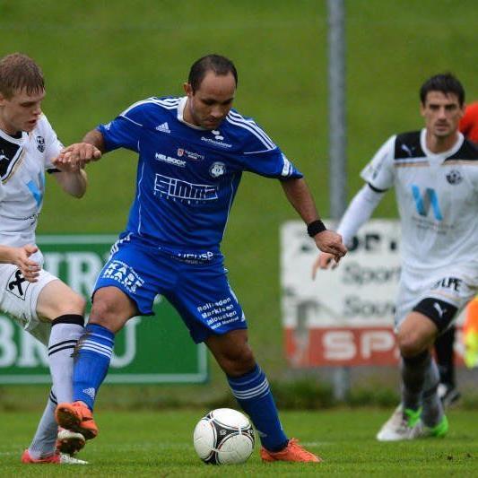 Andelsbuch-Spielertrainer Reinaldo Ribeiro hofft auf einen Derbysieg.