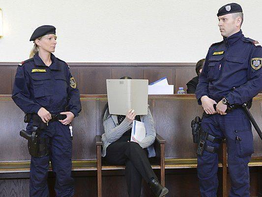 Arsen-Morde: Zweiter Prozesstag in Krems.