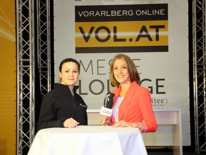 Ländle TV Moderatorin Bianca Oberscheider mit Kathrin Bohlen auf der Dornbirner Frühjahrsmesse.