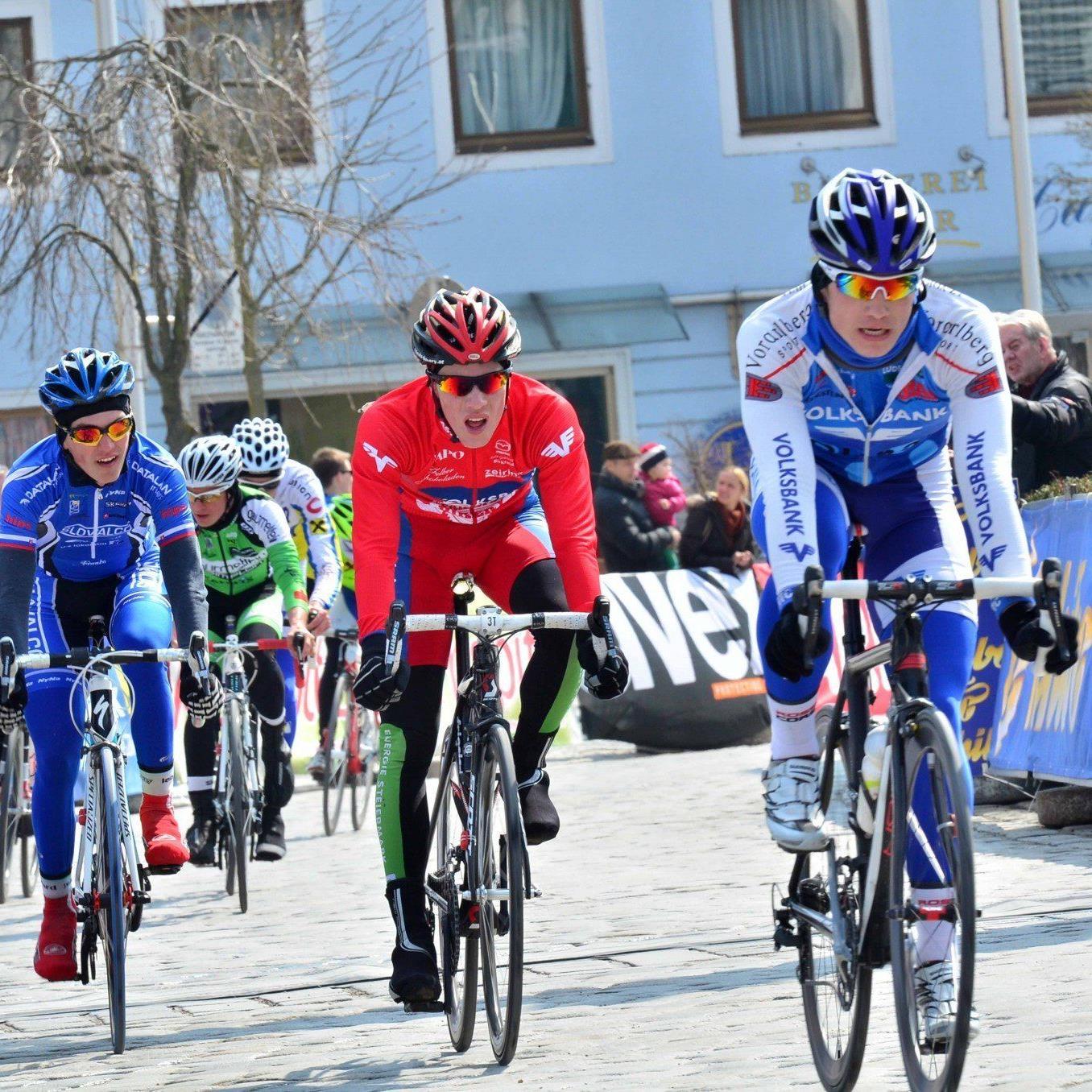 Tobias Wauch startet beim Radklassiker Paris Rubaix.