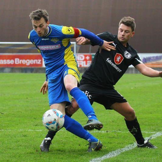 Tobias Neubauer rettet dem FC Wolfurt im Heimspiel gegen Rätia Bludenz einen Punkt.