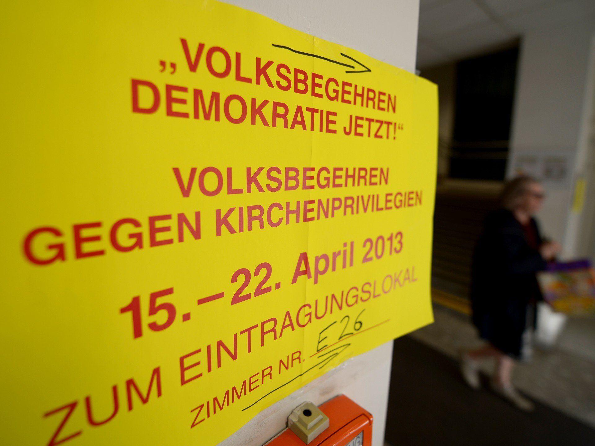 """Gescheitert - 69.841 unterstützten """"Demokratie jetzt!"""", 56.660 """"gegen Kirchenprivilegien"""""""