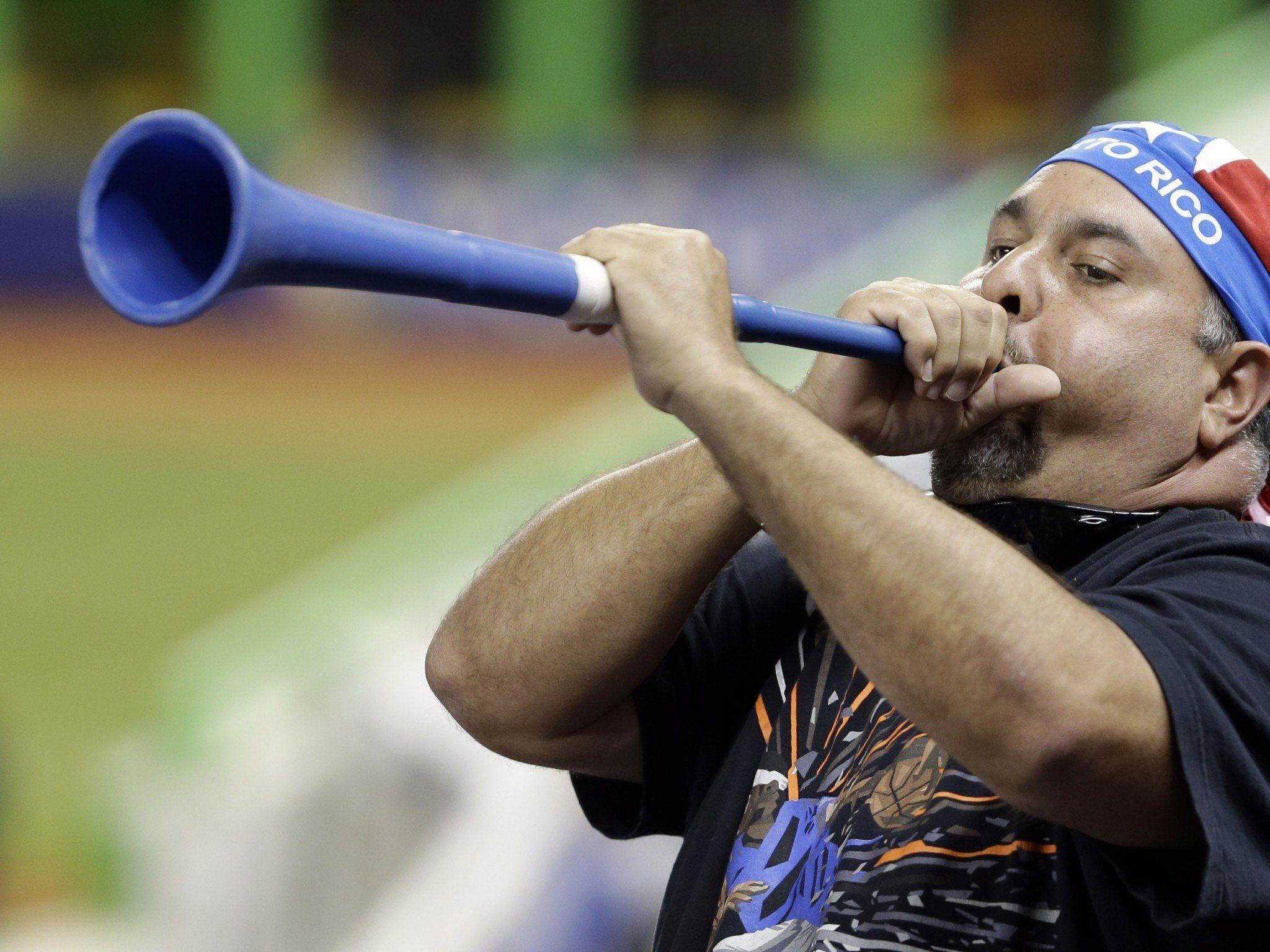 """Vuvuzelas sind """"gefährliche Waffen""""."""