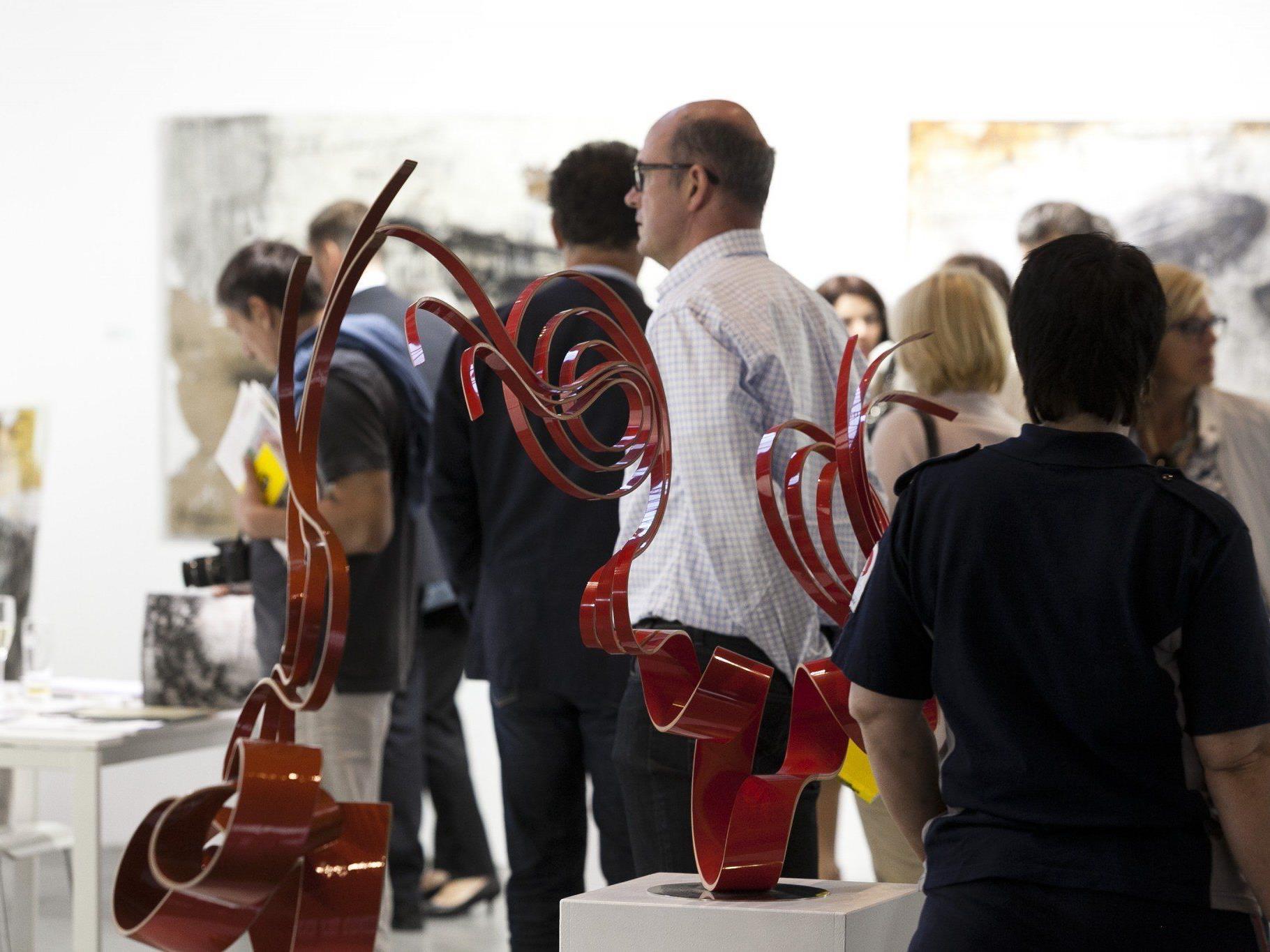 Die Sommer-Kunstmesse Art Bodensee ist der Treffpunkt für Sammler und Kunstliebhaber.