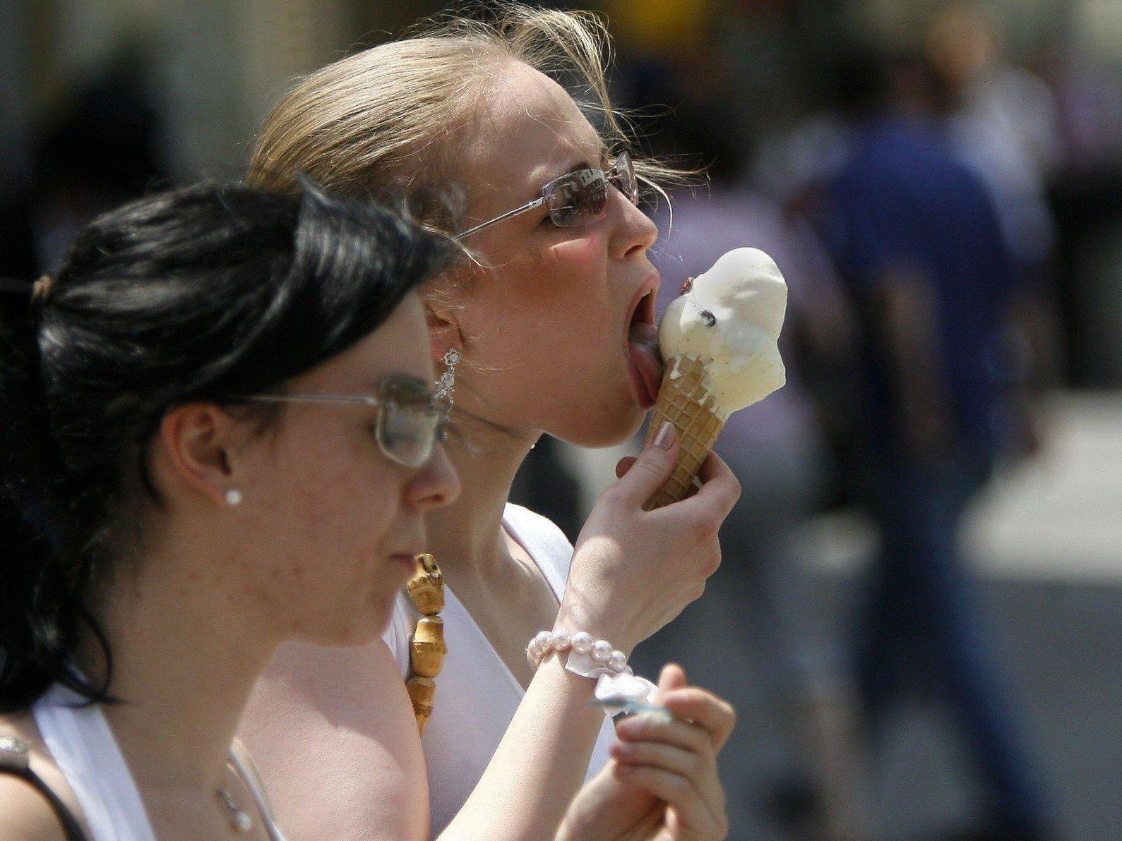 Der verregnete Mai ist in Wien verantwortlich für leere Eissalons.