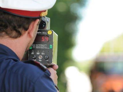Polizei verstärkt Verkehrsüberwachung zu Pfingsten