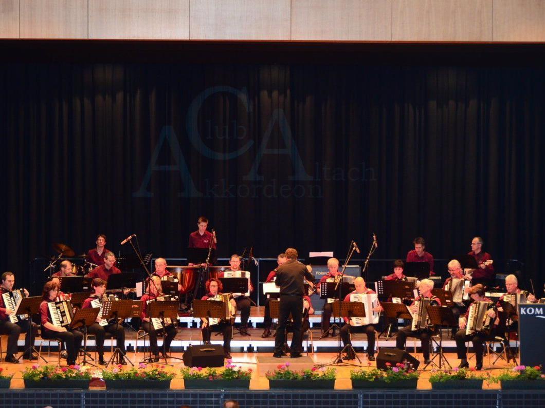 Das erste Orchester des ACA zeigte sich zum 30-jährigen Jubiläum in Hochform.