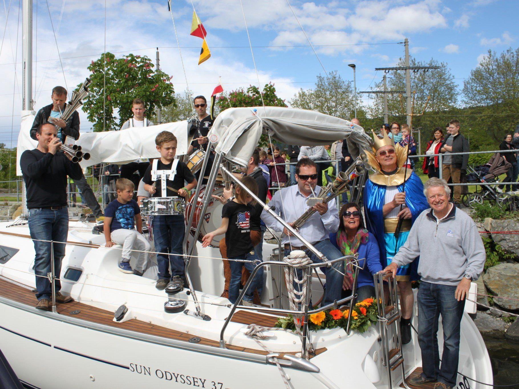 Eine Abordnung der Hörbranzer Schalmeien sorgte bei der diesjährigen Bootstaufe im Lochauer Hafen für viel Stimmung.