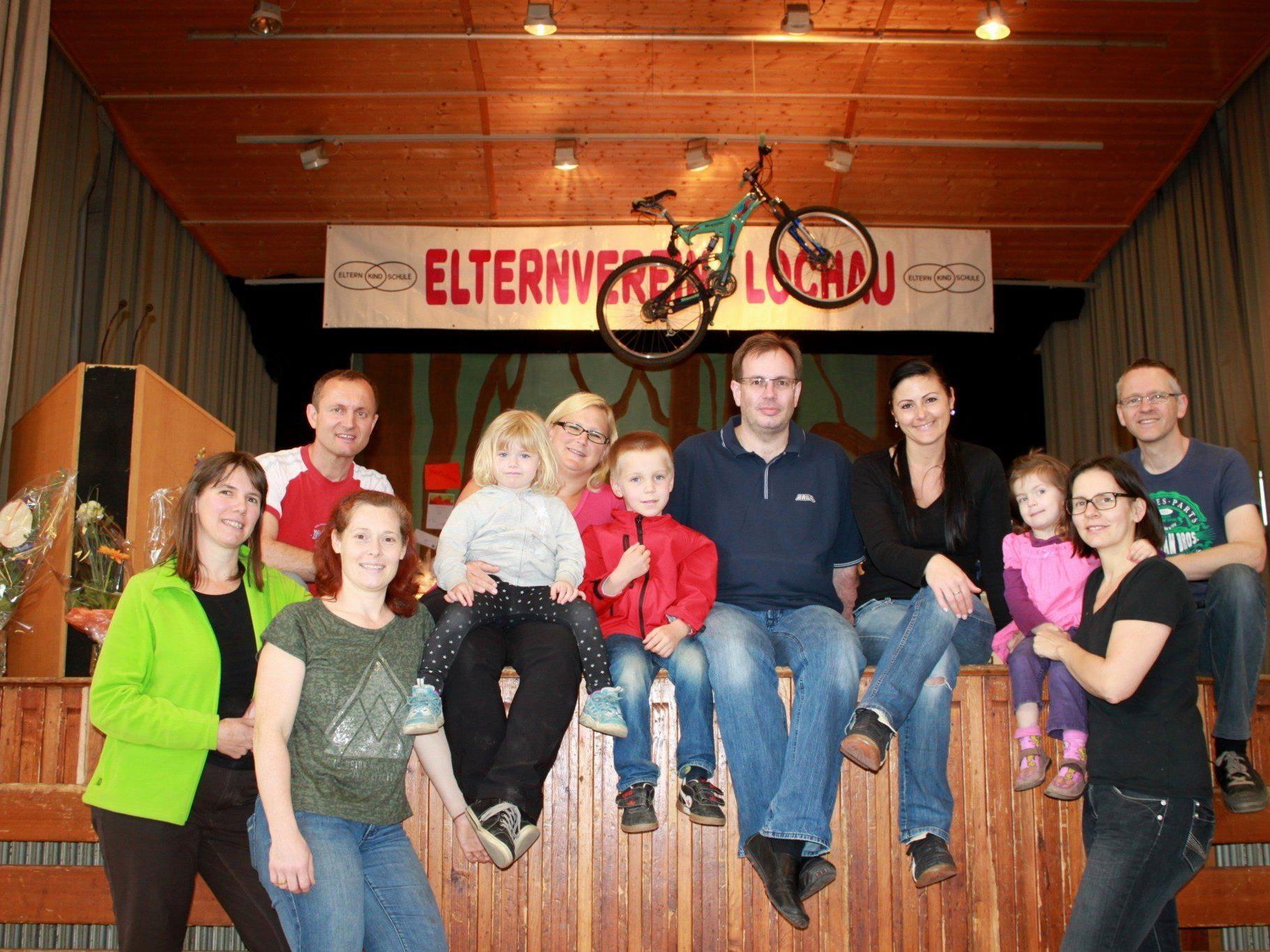Das alljährliche Preisjassen wird vom Team des Lochauer Elternvereines bestens organisiert.