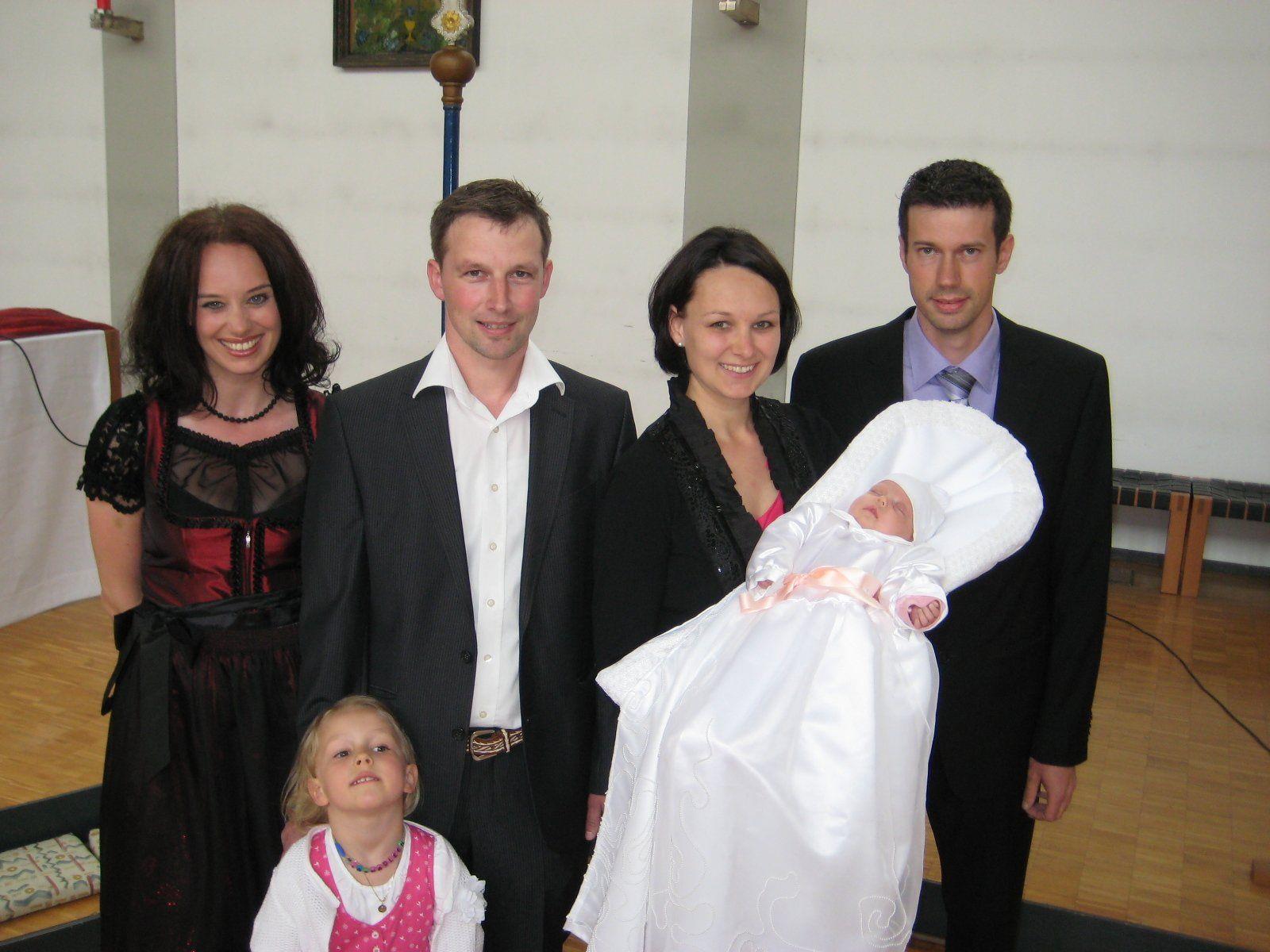 Victoria Moosburger wurde getauft.
