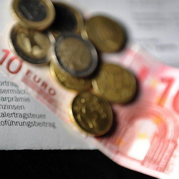 Eines bleibt im Moment für alle gleich: Die Inflation schlägt die Sparbuchzinsen.
