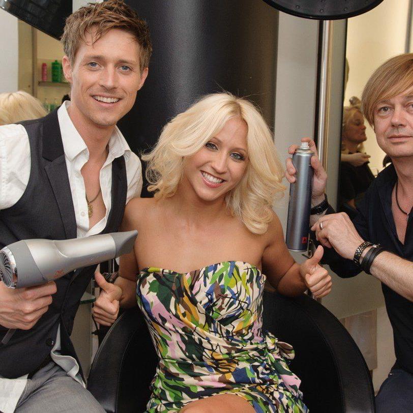 Die Dancing Stars beim großen Haar-Check bei Intercoiffeur Strassl.