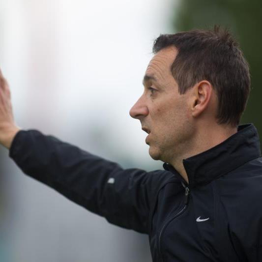 Bregenz-Trainer Mladen Posavec hat ein lukratives Angebot von der AKA Kärnten als neuer Sportchef vorliegen.