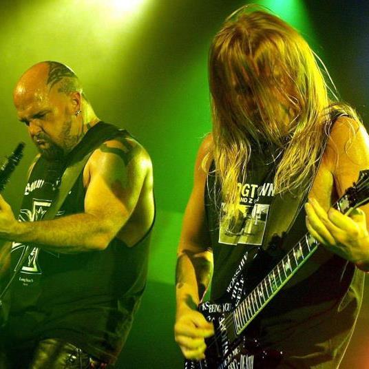 Der Gitarrist von Slayer, Jeff Hanneman (Bild rechts), ist tot.