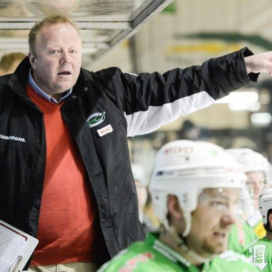 Meistermacher Henrik Alfredsson bleibt Trainer beim Champion EHC Bregenzerwald
