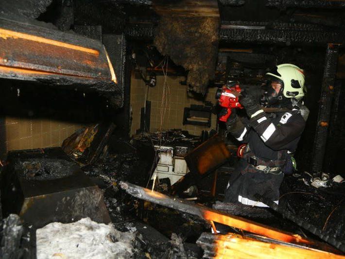 Brand konnte von den Einsatzkräften rasch gelöscht werden. - © VOL.AT/Bernd Hofmeister