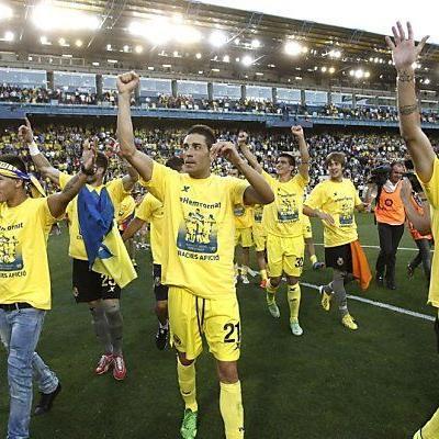 Spieler feiern Rückkehr in Primera Division