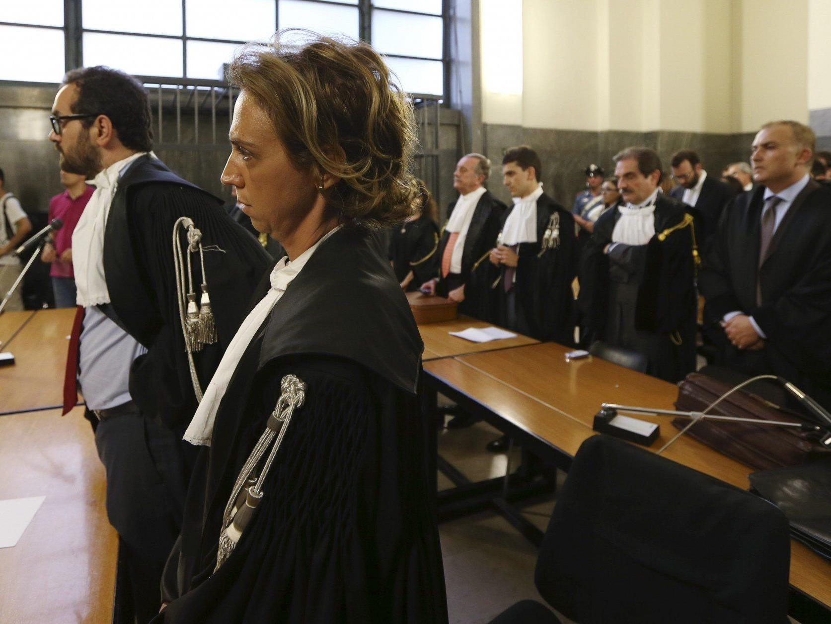 Wegen Steuerbetrugs: Domenico Dolce und Stefano Gabbana zu 20 Monaten Haft verurteilt.