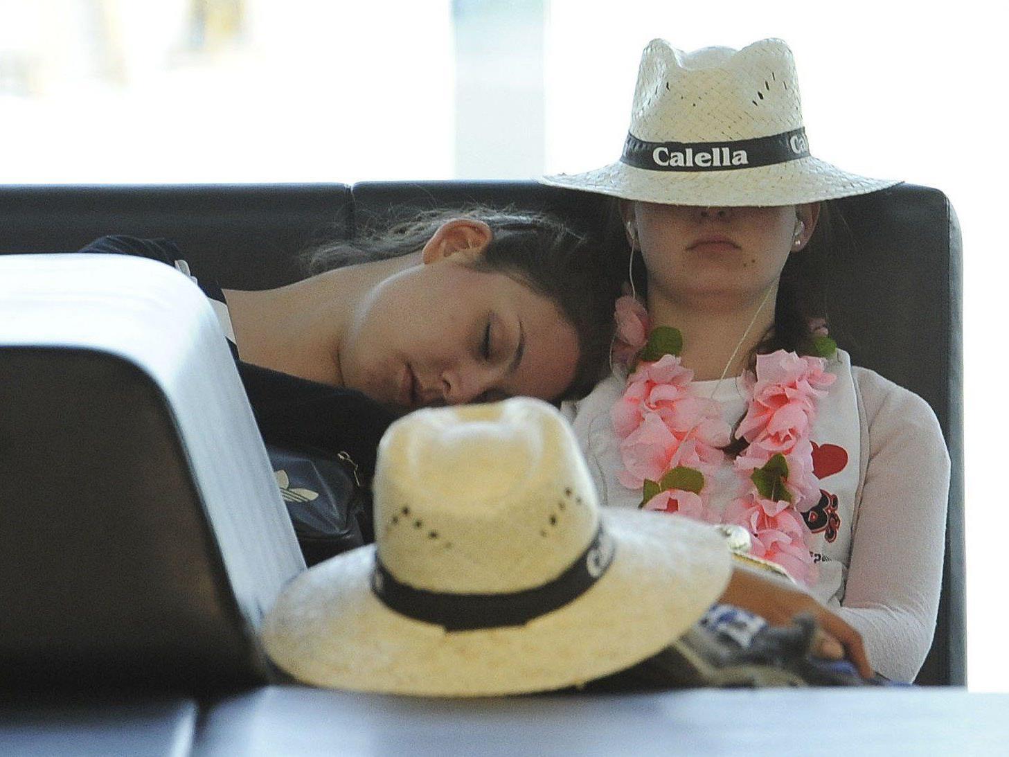 Was sind ihre Rechte als Fluggast bei Verspätungen und Überbuchung?