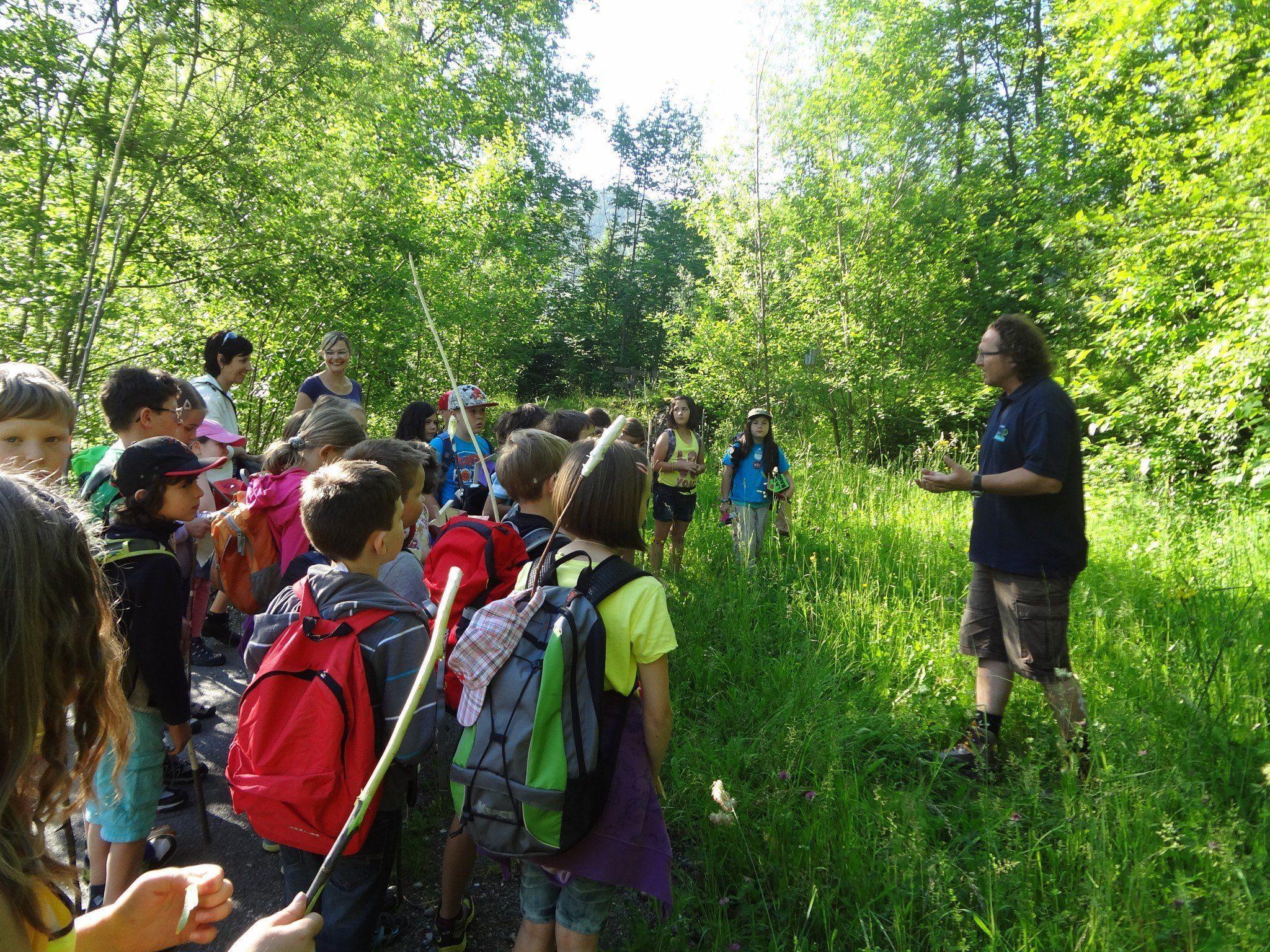 Die Kinder der VS-Vandans erlebten aufregende Stunden am Rellsbach.