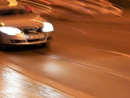 Unfall in Penzing mit Fahrerflucht